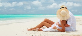 Honeymoon-at-beach-of-romantic-couple